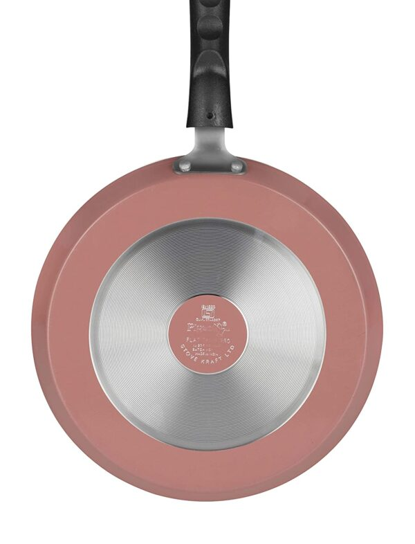 The back view of the pan that makes it ideal for indcution as well