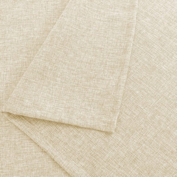 The jute fabric of the table cover
